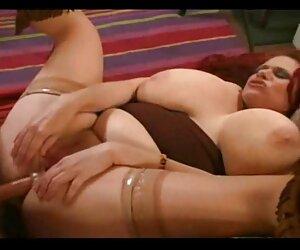 Dominación femenina amante del parejas fornicando sexo ató a su esclavo